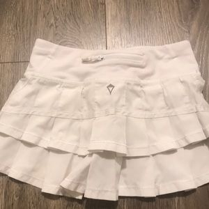 Ivivva white skirt